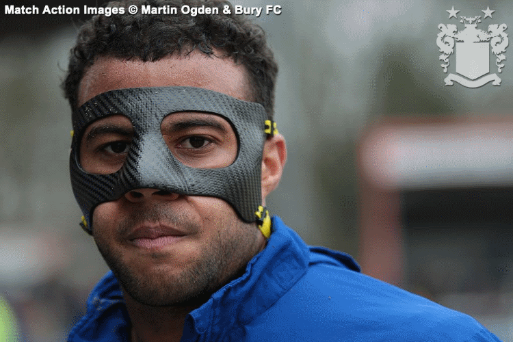 tom-soares-sports-facemask