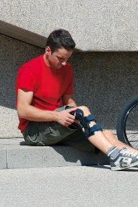 How to Wear a Knee Brace
