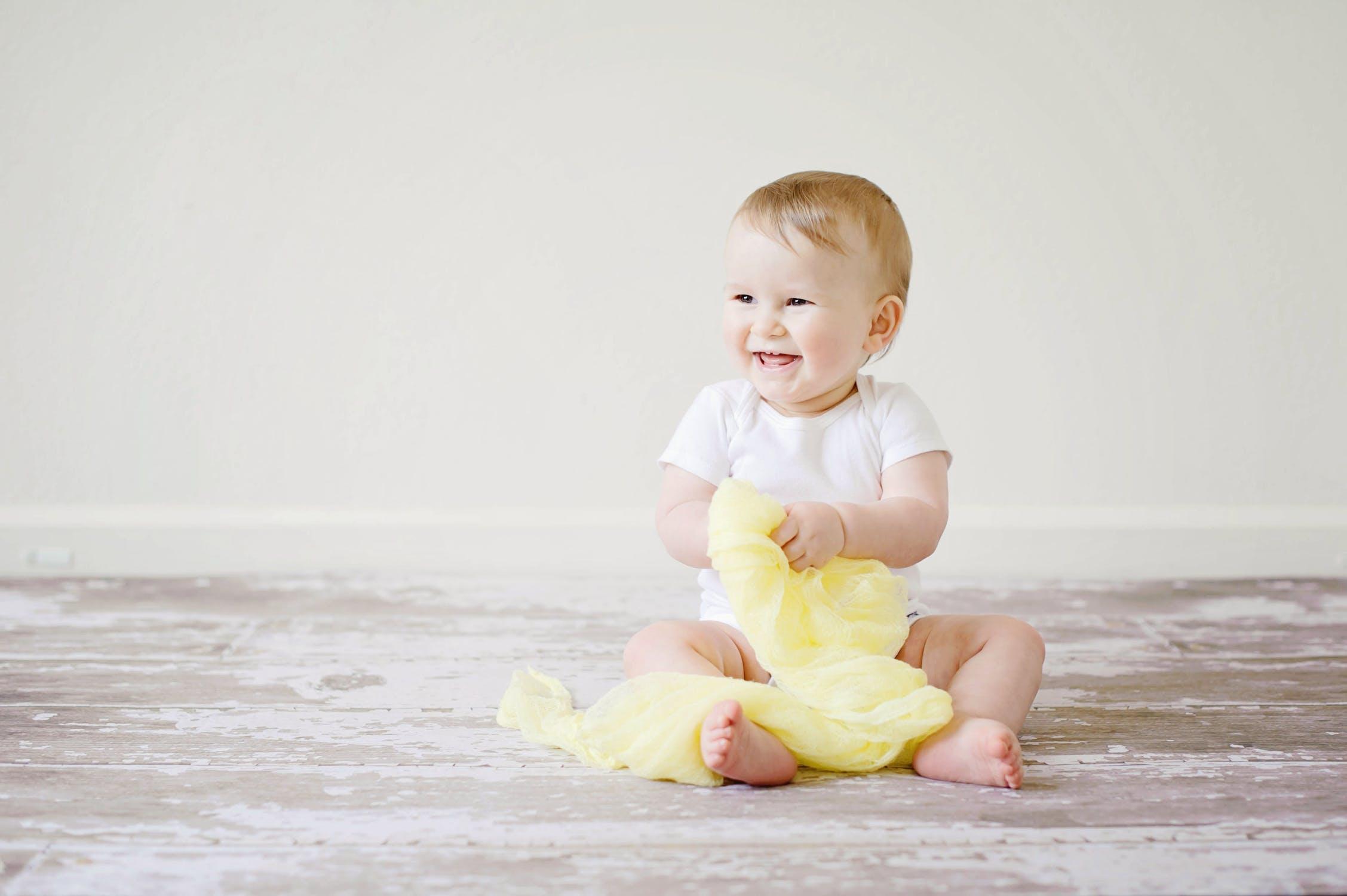 Encouraging baby development